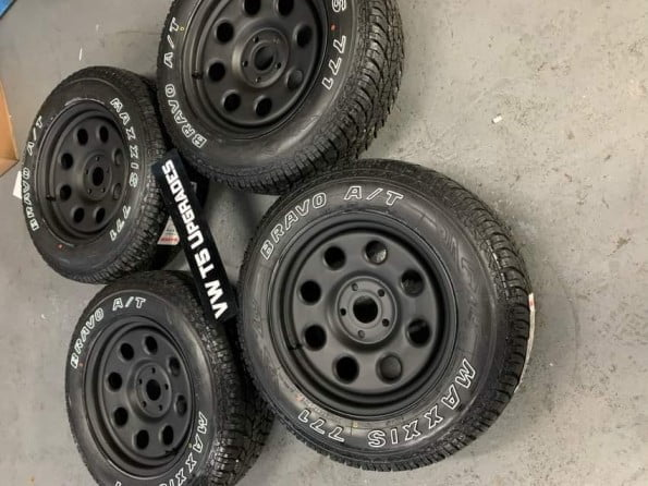 17″ MODULAR STEEL WITH MAXXIS 771